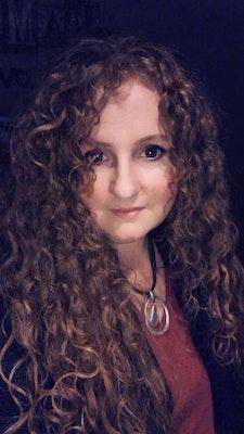 Mandi Maghakian's avatar
