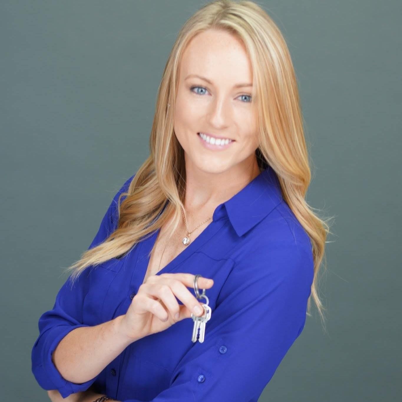 Renee Zunker's avatar