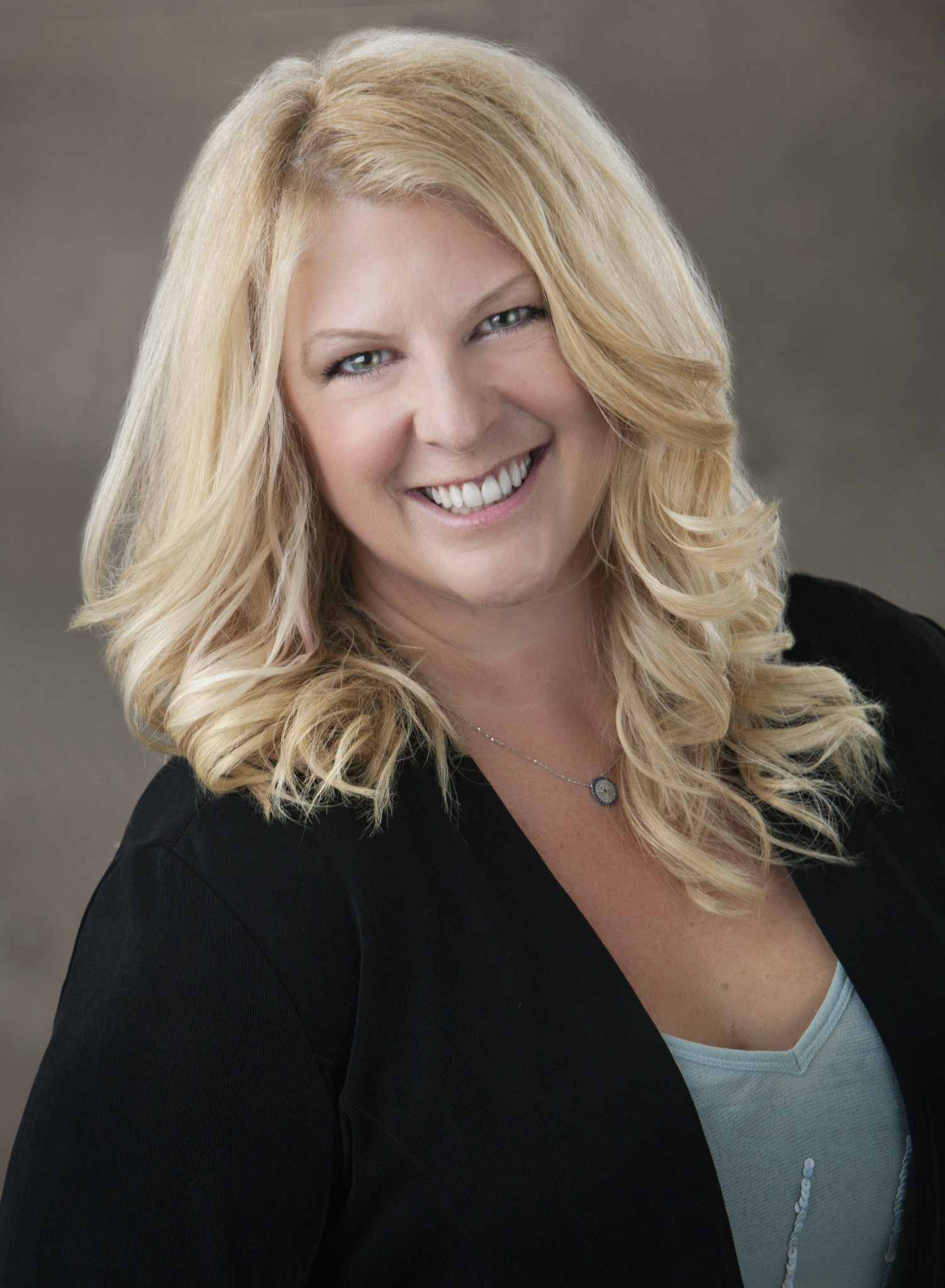 Lauren Tate's avatar