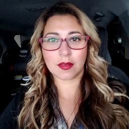 Karen De Campos's avatar