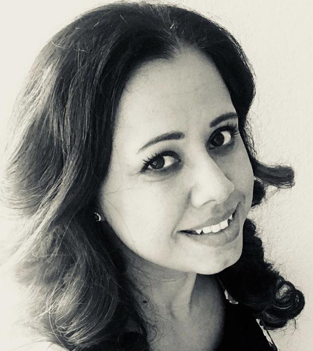 Laura Roman's avatar