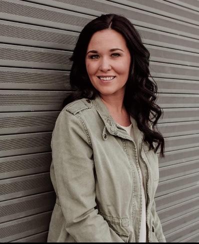 Ashley Howell's avatar